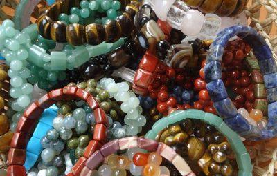 Bijuterii din cristale naturale si pietre semipretioase