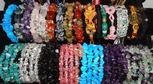 Bratari din cristale naturale si pietre semipretioase