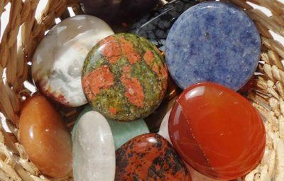 Cum folosesti cristalele si pietrele?